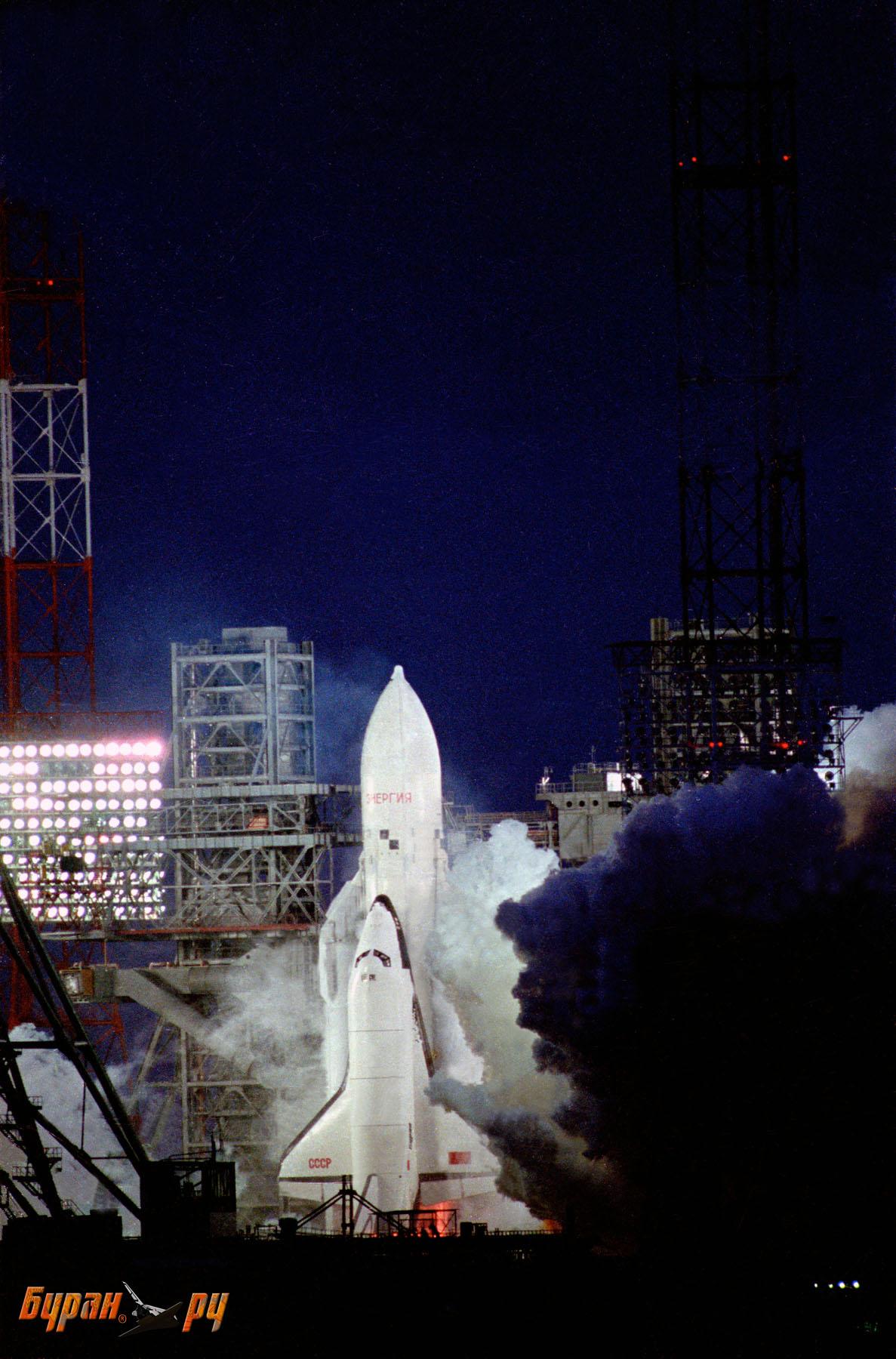 前苏联暴风雪号航天飞机-图片和文字的不完全资料