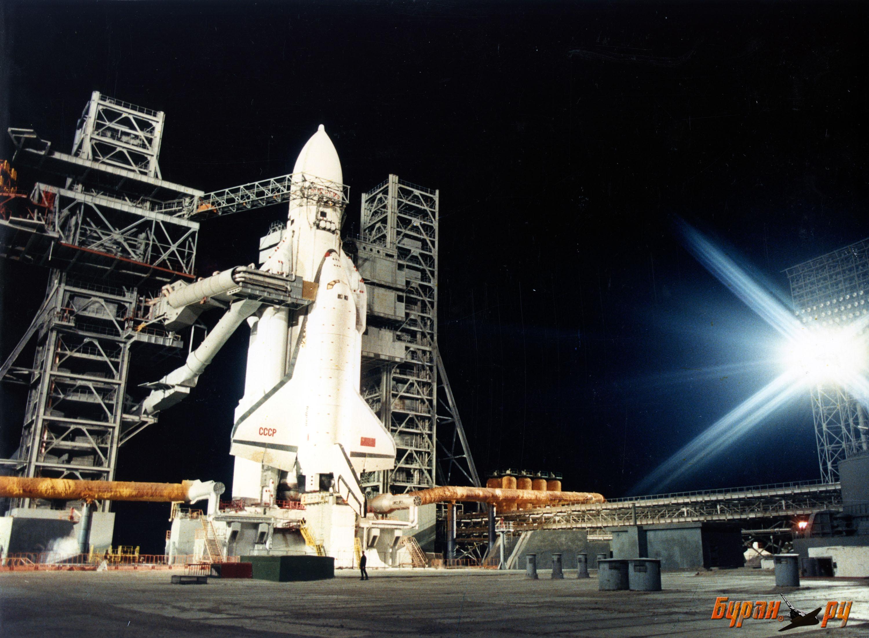 два космических корабля стартуют приготовить терпеливые куриные