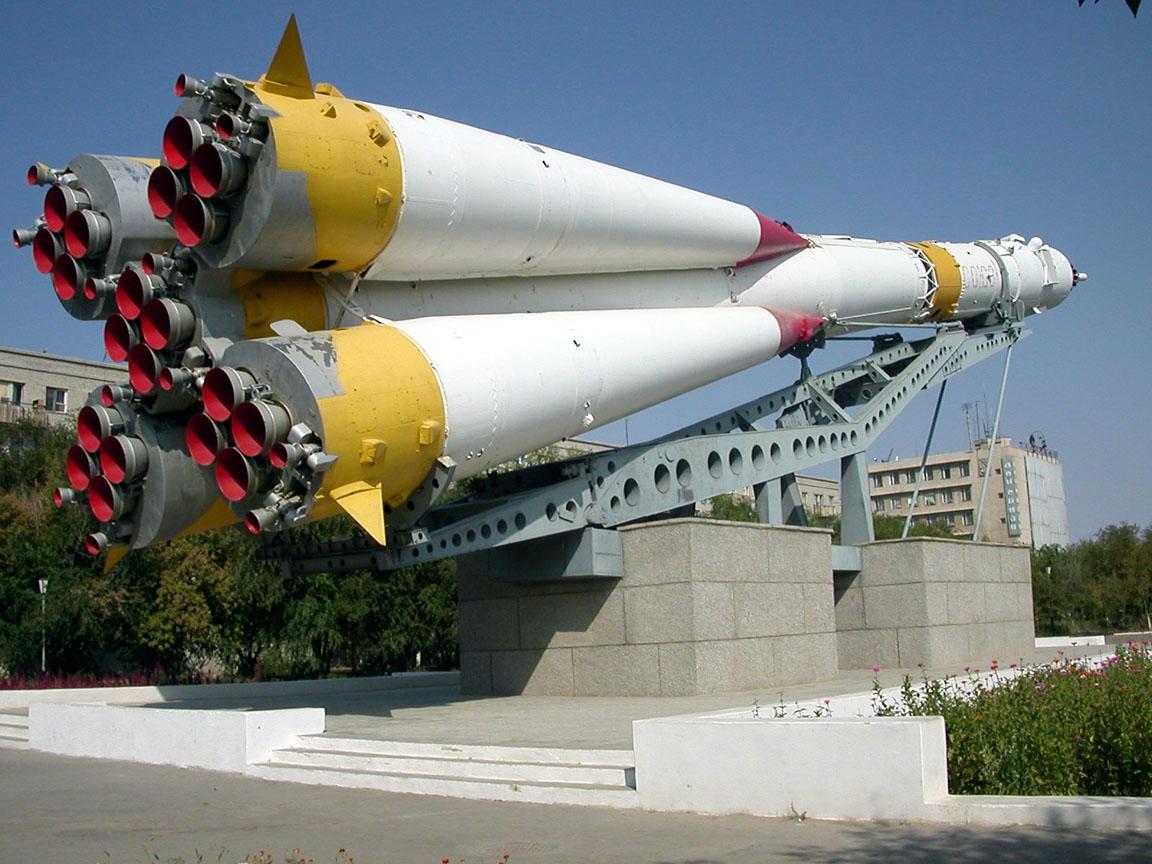 Vostoçnıy uzay üssünden ilk roket fırlatıldı 14